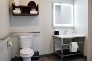 Comfort Inn Antioch - Full Bathroom at Comfort Inn Antioch